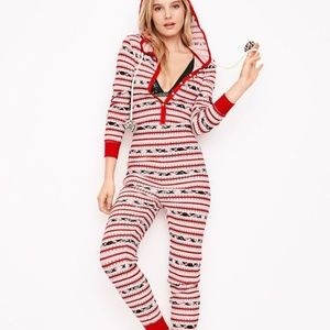 new victoria's secret thermal pom pom onesie pj